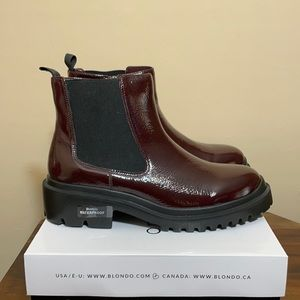 Blondo Burgundy patent leather Chelsea boot 12